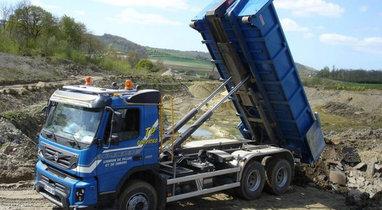 Rental truck ampliroll VOLVO 15 T Diéval €204