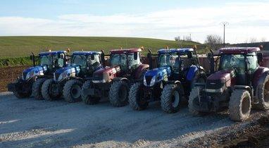 Rental tractor dump TP box Querrieu €200