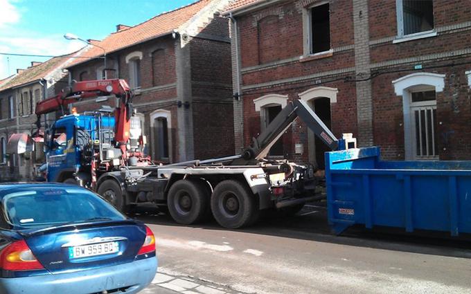 Rental trailer door gear 3 axles Diéval €142